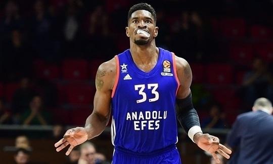 Spurs'ün Yeni Transferi Anadolu Efes'i Unutmadı