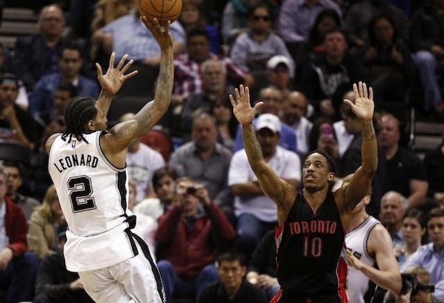 Kawhi Raptors'a, DeRozan Spurs'e!