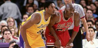 Kobe, Jordan'a karşı oynamak için koleje gitmedi